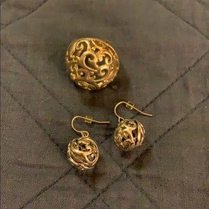 Jewelry - Earrings and ring set